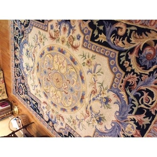 Safavieh Handmade Savonnerie Veroslava Traditional Oriental Wool Rug