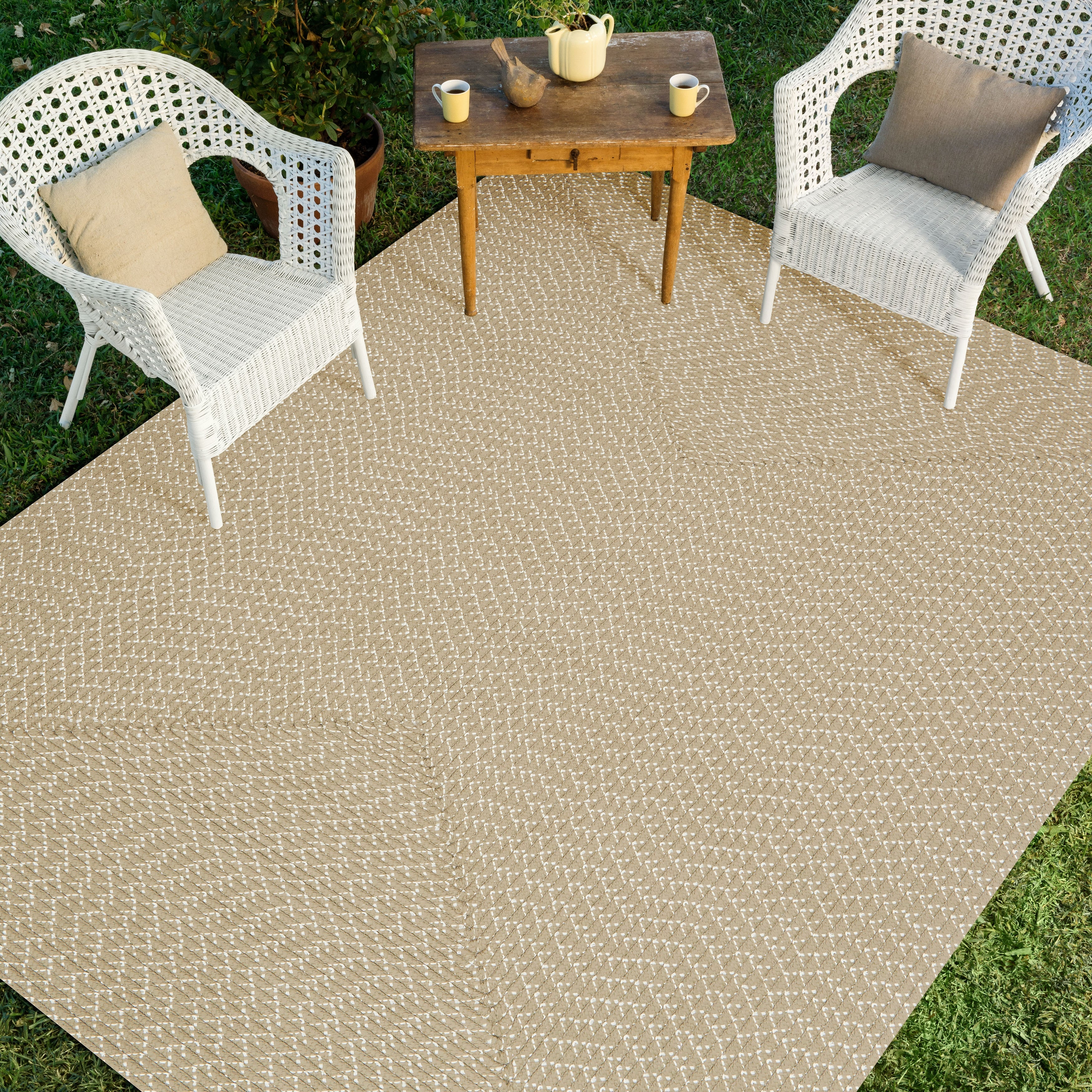 Hand Woven Rope Patio Area Rug
