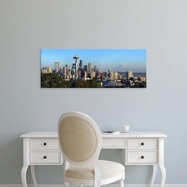 Easy Art Prints Panoramic Image 'Seattle city skyline, Mt. Rainier, Washington' Canvas Art