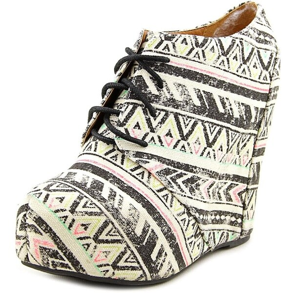 Shï by Journeys Womens Canvas Closed Toe Wedge Pumps