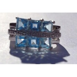 925 Silver Ring with Blue Topaz Stones
