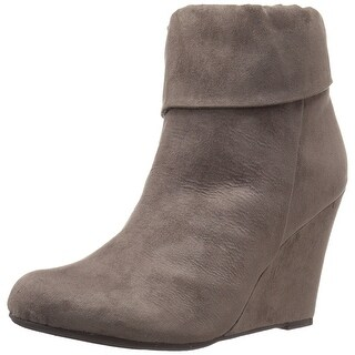 Report Womens RIKO Suede Closed Toe Ankle Fashion Boots