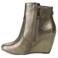 GUESS Womens Ulfred Almond Toe Ankle Fashion Boots