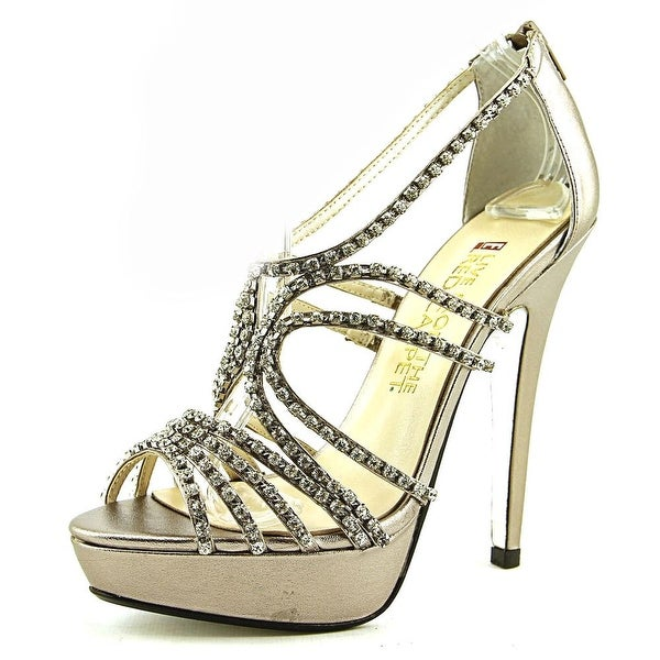 E! Live From The Red Carpet Elvira Womens Mushroom Metallic Sandals