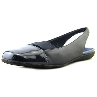Trotters Sarina W Square Toe Leather Slingback Heel