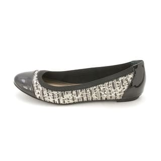 Alfani Womens JEMAH Closed Toe Ballet Flats|https://ak1.ostkcdn.com/images/products/is/images/direct/65d14413417d70a6a54680585fd944a486818473/Alfani-Womens-JEMAH-Closed-Toe-Ballet-Flats.jpg?impolicy=medium