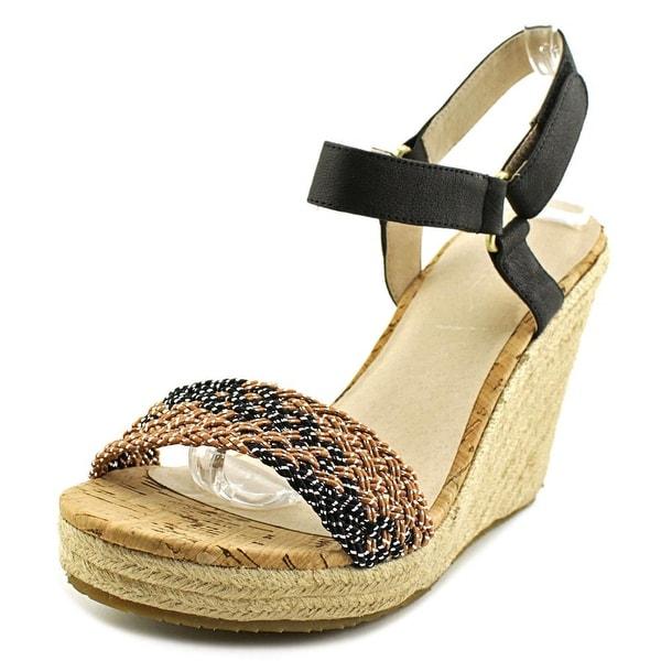 Pika Carini Women Brown/Black Sandals