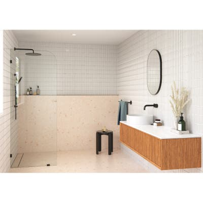 "Glass Warehouse 32"" x 78"" Frameless Shower Door - Single Fixed Panel Radius"