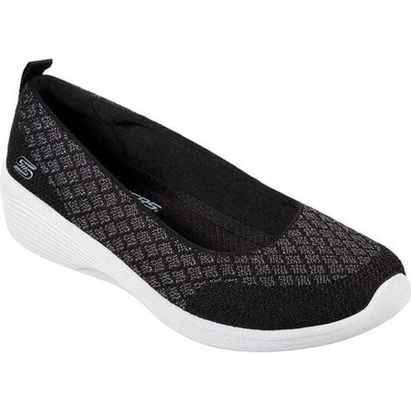631fe58db4 Shop Skechers Women's Arya Get Real Skimmer Black/White - On Sale ...