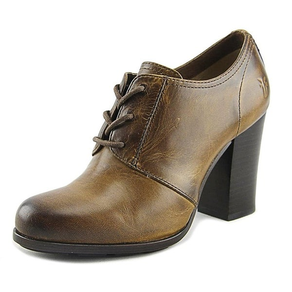 FRYE Womens Parker Leather Closed Toe Classic Pumps