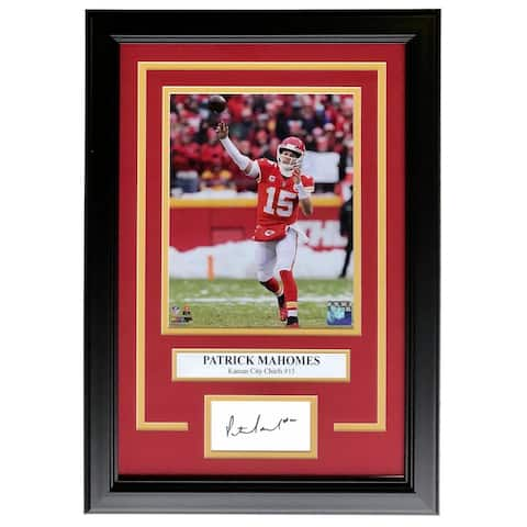 Patrick Mahomes Framed 8x10 Chiefs Spotlight Photo w/ Laser Engraved Signature