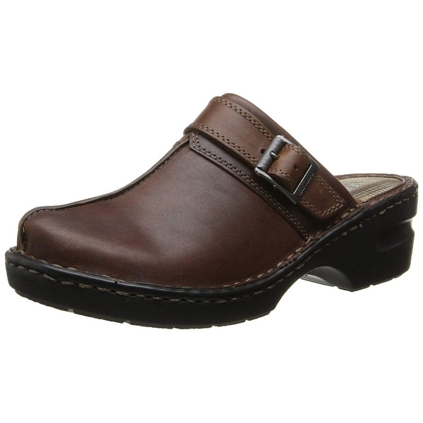 0aad469747 Shop Eastland Women s Mae Clog - Free Shipping On Orders Over  45 ...