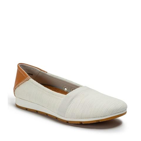 Baretraps PATTIE Women's FLATS White