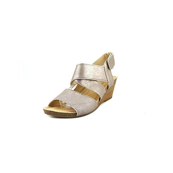 Adam Tucker Me Too Womens Toree 16 Wedge Sandals Shimmer Leather