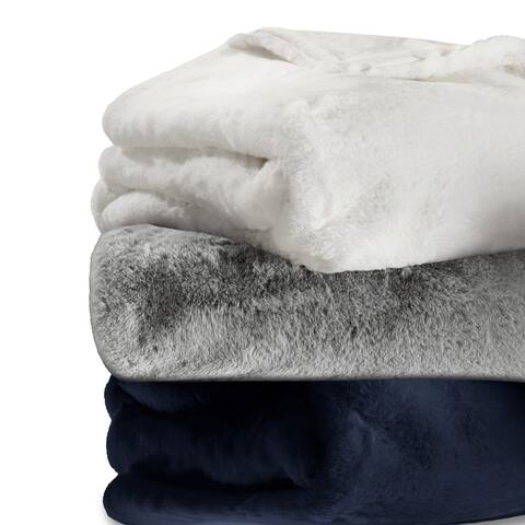 Vera Wang Lapin Faux Fur Supersoft Throw