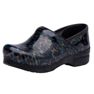 Shop Black Friday Deals on Dansko Shoes