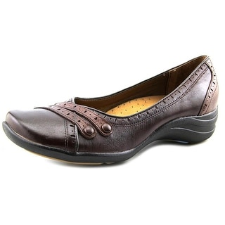 Hush Puppies Burlesque Round Toe Leather Flats