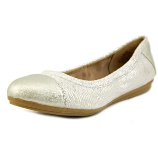 Easy Spirit e360 Gessica Round Toe Canvas Flats