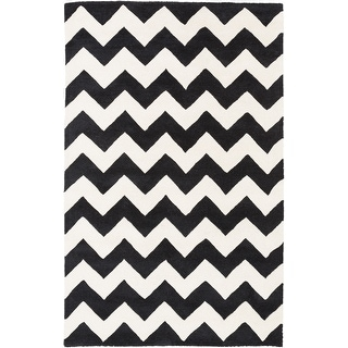 Hand-tufted Neil Chevron Wool Area Rug