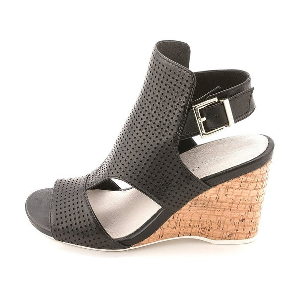 Kenneth Cole Womens Issac Perf Leather Open Toe Casual T-Strap Sandals