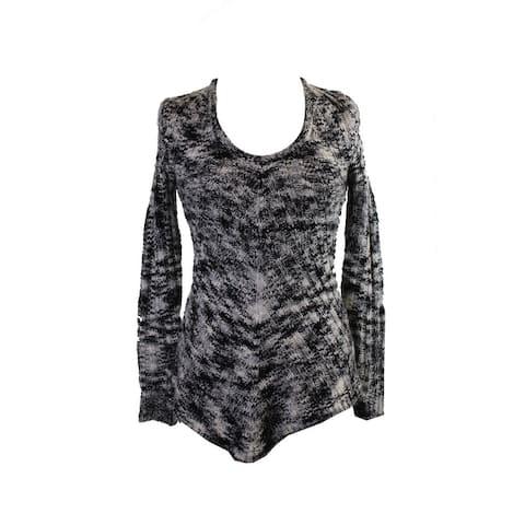 Ultra Flirt Juniors Black Ivory Space-Dyed Mitered-Hem Tunic Sweater M