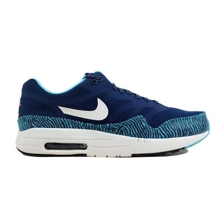 uk availability 984ab c3c1c Shop Walking Nike Clothing   Shoes   Discover our Best Deals at Overstock .com