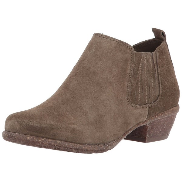 CLARKS Women's Wilrose Jade Ankle Bootie, Olive Suede, Size 7.0 - 7