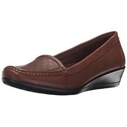 Eastland Women's Grace Slip-On Loafer, Tan, 11 M US