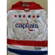 Signed Capitals Washington 201415  Replica Jersey Size XL  by the 201415 Washington Capitals Team s