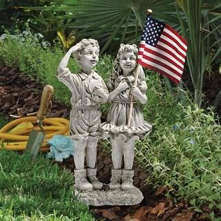 Delicieux Design Toscano Patriotic Flag Children Statue