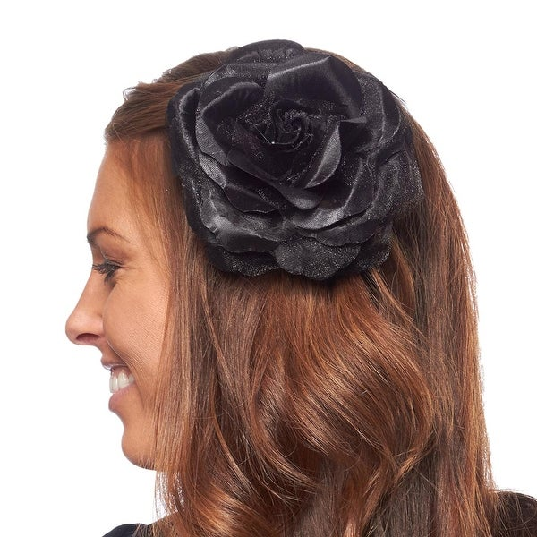 Classique Beauty Flower Hair Accessory