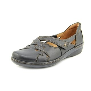 Clarks Evianna Peal Women Round Toe Leather Black Loafer