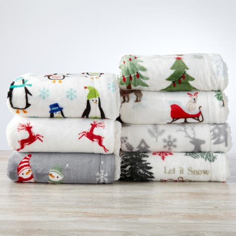 Great Bay Home Sherpa Plush Reversible Holiday Throw Eve Collection
