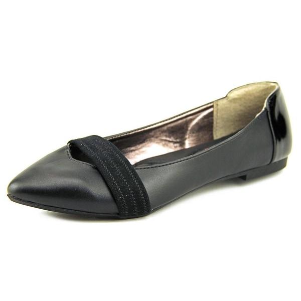 XOXO Idan Women Pointed Toe Synthetic Black Flats