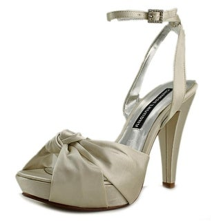 Chinese Laundry Baldwin Women  Open Toe Canvas  Platform Heel