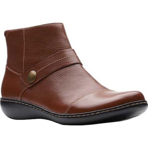 Clarks Women's Ashland Pine Ankle Bootie Dark Tan Full Grain Leather