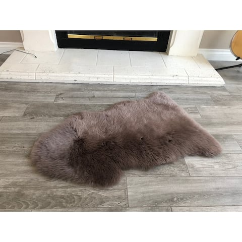 Dynasty Natural Single Pelt Luxury Long Wool Sheepskin Paco Brown Shag Rug - 2' x 3'