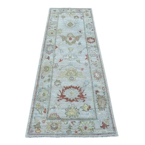 "Shahbanu Rugs Soft & Vibrant Wool Hand Knotted Light Gray Oushak Runner Rug (2'7"" x 7'10"") - 2'7"" x 7'10"""