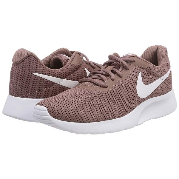 Nike Women's Tanjun Running Sneaker