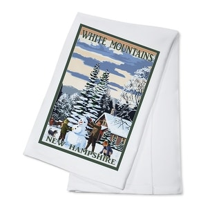 White Mountains, New Hampshire - Snowman & Cabin - Lantern Press Artwork (100% Cotton Towel Absorbent)
