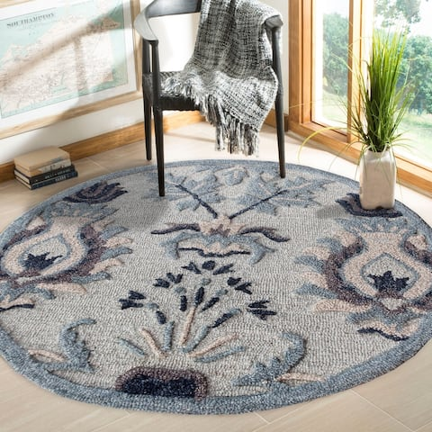 Traditional Floral Motif Rug