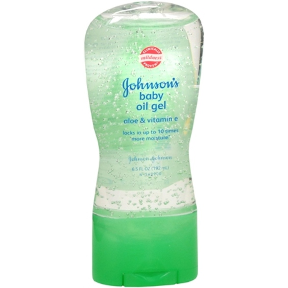 JOHNSON'S Aloe Vera & Vitamin E Baby Oil Gel 6.50 oz