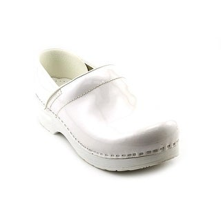 White Dansko Nursing Shoes Style Guru Fashion Glitz Glamour