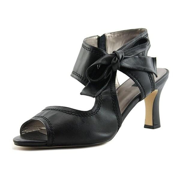 Array Scarlet W Open Toe Leather Sandals
