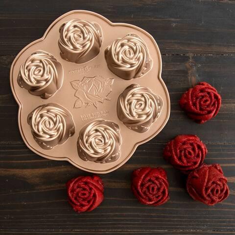 Nordic Ware Rosebud Cake Pan