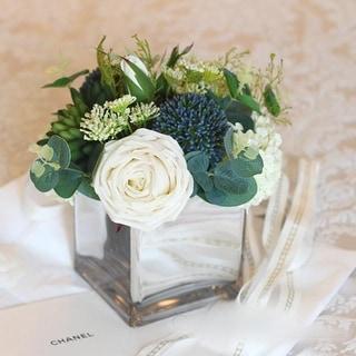 "FloralGoods White Blue in Green Flower Arrangement in Glass Vase 9"" Tall"
