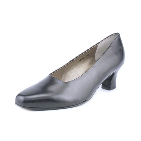 Mark Lemp By Walking Cradles Vicki 2A Round Toe Leather Heels