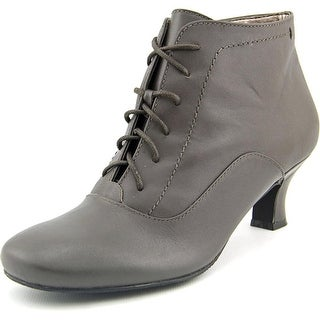 Array Sam N/S Round Toe Leather Bootie