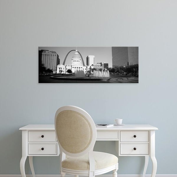 Easy Art Prints Panoramic Images's 'Fountain In Front Of A Government Building, St. Louis, Missouri, USA' Canvas Art