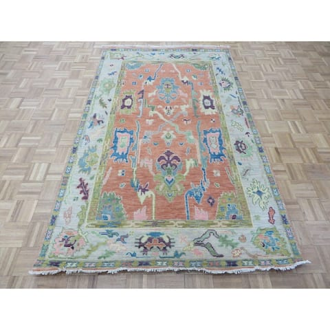"""Hand Knotted Salmon Oushak with Wool Oriental Rug (4'10"""" x 7'10"""") - 4'10"""" x 7'10"""""""